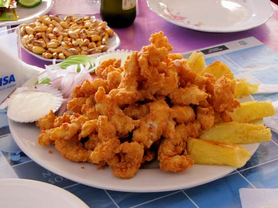 Chicharon de pesca (beignets de poisson)