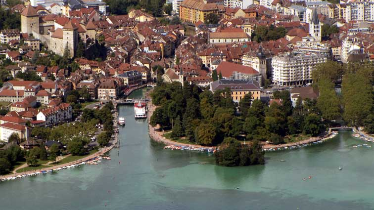 Zoom sur Annecy